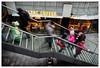 Alles ist in Bewegung – Everything is in motion (frodul) Tags: verwischt stufe langzeitbelichtung personen person bewegung hannover treppe linie step stairway ausenansicht geländer konstruktion outdoor niedersachsen deutschland