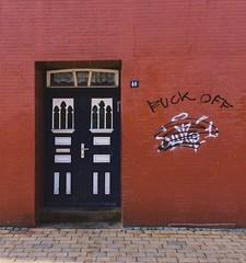 The answer is blowing in the wind... (erlingraahede) Tags: streetart street iphoneonly vscofilm vsco kiel schleswig germany