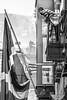 Libre - Free ! (Claude Maire) Tags: bilbao espagne spain paysbasque drapeau flag noiretblanc blackandwhite contestation liberté personnes people