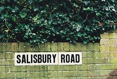 Salisbury Road (~Toby~) Tags: canonetgiiiql17 canon film analog giii ql17