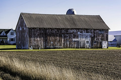 cool color barn (TAC.Photography) Tags: barn farm building oldstructure wood farming rural ruralliving weatheredwood stain tacphotography tomclark d7100 tomclarknet