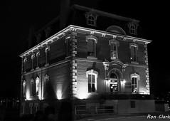 Victoria Heritage BW (Alcona1) Tags: oldvictoriacustomshoouse victoriabc building night longexposure blackandwhite heritagebuilding