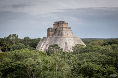 Uxmal (mzagerp) Tags: mexico mexique yucatan playa del carm tulum beach plage cancun jungle valladolid wildlife merida chichen itxa ek balam uxmal labna edzna campeche calakmul bacalar colors couleurs ruines ruins maya