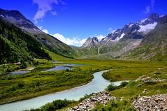 Valle d' Aosta, Italy (marco.falaschiii) Tags: paesaggio cielo erba fiume montagna acqua versante della vallata