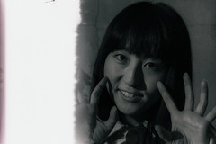 Shiho_Micro55mmBW008 (m_m1941) Tags: retrato portrait tokyo micronikkor 55mm nikon bw blackandwhite error