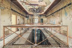 Prison Pastel (lelargla) Tags: france urbex urban exploration decay abandonné abandoned canon
