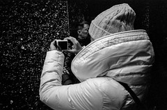 Gum Wall_8 (Rick Brandt) Tags: olympusxa washington trix pikeplacemarket seattle postalley d76 olympusxa2 blackandwhite film gumwall unitedstates us