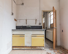 Abandoned Lab (The Dying Light) Tags: abandoendphotos abandonedbuilding governmentlabs urbanexplorationphotography urbanexploration urbanexploring 2018 abandoned canon decay urbex