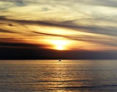 Southern California Sunset - Winter 2018 (r.e. ~) Tags: ventura venturacounty statebeach thesea southerncalifornia oceanblues winterincalifornia january2018 socal fishingboat