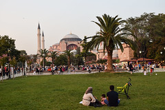 Take a look at Hagia Sophia, family (guilhermelacerdaphoto) Tags: nikon nikond5300 istanbul hagiasophia turkey parque familia family turquia istambul people park
