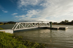 20180201_9033_1D3-17 King Tide on the Avon River (johnstewartnz) Tags: canon canonapsh apsh eos 100canon 1dmarkiii 1d3 1dmark3 1740mm 1740 ef1740mmf4lusm river avonriver avon tide hightide kingtide pontoon cloud clouds weather fullframe nocrop