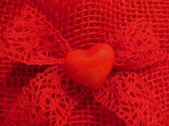 R E D (Hannelore_B) Tags: herz heart rot red macro monochrome macromondays macromademoiselle mmelle