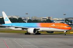 PH-BVA (Mark Harris photography) Tags: spotting wsss changi singapore plane aviation canon 5d