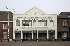 Modernisme 1920 (Maurits van den Toorn) Tags: reclame advert tekct text lettering winkel shop druten architectuur architecture