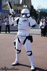 Stormtrooper (Disneyland Dream) Tags: disney star wars disneyland paris 25 season force saison walt studios park 2018 stormtrooper stormtroopers