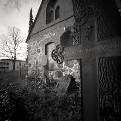 Churchyard (ucn) Tags: filmdev:recipe=11717 adoxadoluxatm49 developer:brand=adox developer:name=adoxadoluxatm49 berggerpancro400 churchyard wittenau berlin lerouge66 pinholecamera lochkamera