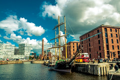 Albert Dock (Tony Shertila) Tags: europe britain england mersyside liverpool dock albertdock sloop tallship boat transport bus l1 city cityscape unitedkingdom gbr