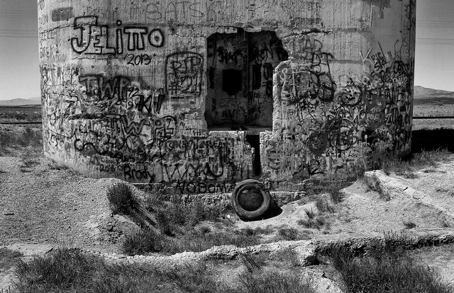 Old Tire large image