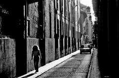 Su Pelo - Granada (Eddy Allart) Tags: film analogo analogue spain espana calle chica mujer girl backlight nikon f4 trix