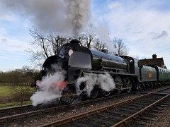 2018 0212 523 (SGS8+) Bluebell Railway; Sheffield Park (Lucy Melford) Tags: samsunggalaxys8 bluebell railway steam train departing southern sheffield park