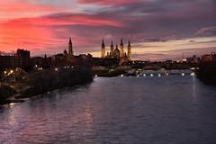 Ebro river. Zaragoza sunset. (Fencejo) Tags: canon600dt3ikissx5 tamronspaf1750mmf28xrdiiild streetphotography landscape snapseed zaragoza ebro pilar bridge river