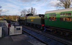 2018 0212 505 (SGS8+) Bluebell Railway; Sheffield Park (Lucy Melford) Tags: samsunggalaxys8 bluebell railway steam train departing southern sheffield park