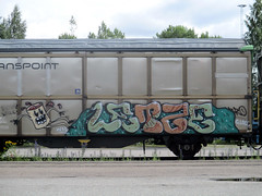 random freights (Thomas_Chrome) Tags: graffiti freight freights train cargo vr moving rolling art spray can suomi finland europe nordic illegal vandalism benching