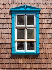 La ventana azul (Explore 17/01/18) (Eugercios) Tags: puerto varas chile los lagos region x ventana window madera wood arquitectura architecture janela
