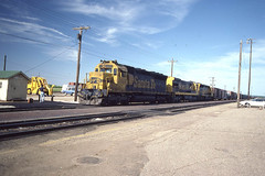 Santa Fe SD45 #5622 at Chilicothe IL on 6-6-81 (LE_Irvin) Tags: chilicotheil sd45 santafe