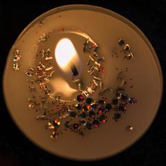 Macromondays Theme Flame (objet introuvable) Tags: macromondays macro colors flame candle square canon canon70d