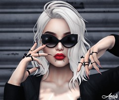 Make A Move.. (Anais Maelle) Tags: ks art blogger creative fameshedevent fashion italian maelleanais navycopper secondlife style swallow zoom