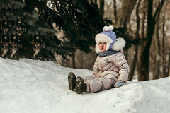 Winter. The best time for walking. #2 (Unicorn.mod) Tags: 2018 colors february winter park tree trees child girl girls walk snow canoneos6d canon70300f456isusm canon