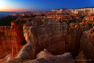 Sunrise Over Sunset Point - Bryce
