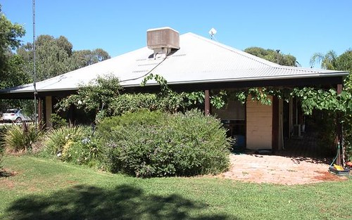 155 Race Course Road, Tocumwal NSW
