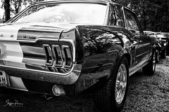 Mustang (svpe4711) Tags: schwarzweis auto schlossdyck sw d750 street car germany blackwhite uscar oldtimer bw oldcar