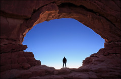 Dragoneye (jeanny mueller) Tags: usa southwest utah moab archesnationalpark arch cave landscape sunrise rock stone window northwindow canyonlands