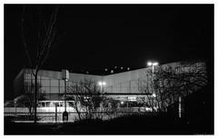 Grugahalle (frankdorgathen) Tags: monochrome blackandwhite city urban town silhouette tree light evening architecture building dark longtimeexposure ruhrpott ruhrgebiet rüttenscheid essen alfredstrase gruga grugahalle