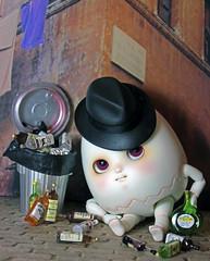 Pickled Egg (bentwhisker) Tags: doll bjd resin anthro egg soom neoangelregion humptydumpty pickled alcohol drunk 2776