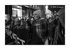 _ATI5732 b (attila.husejnow) Tags: warsaw poland rally demonstration demonstrate demo protest strike march street abortion ban restriction police policeman violence clash arrest warszawa sign board flag waving polska