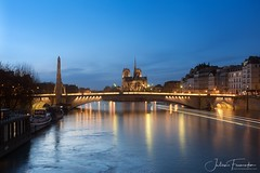 Cathedrale Notre-Dame de Paris & Pont de la Tournelle, Paris (www.fromentinjulien.com) Tags: fromus75 fromus fromentinjulien fromentin flickr view exposure shot hdr dri manual blending digital raw photography photo art photoshop lightroom photomatix french francais light traitements effets effects world europe france paris parisien parisian capitale capital ville city town città cuida colocación monument history 2017 photographe photographer eos canon 5d 5d4 markiv fullframe full frame ff 2470mm 2470 canonef2470mmf28l canon2470mf28 urban travel architecture cityscape poselongue longexposure notredame cathedrale cathedral seine pontdelatournelle bluehour heurebleue