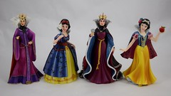 Masquerade and Original Evil Queen and Snow White Couture de Force Figurines by Enesco - Unmasked (drj1828) Tags: disney snowwhiteandthesevendwarfs evilqueen snowwhite purchase enesco couturedeforce masquerade 8inch resin figurine original groupphoto