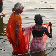 Every Dawn (designldg) Tags: woman ganges ganga sacredrivers orange elder femininity beauty composition quietness atmosphere emotion ethereal dawn sunrise wet sari elegance square natural light culture corporeal corporeality contrejour colours water bath grace gracefulness soul focus photography people infinity timeless tradition travel river reflection eternity spiritual symbol dharma devotion dignity devotee faith hindu hinduism panasonicdmcfz200 © laurent goldstein india benares varanasi uttarpradesh ©laurentgoldstein theoldestlivingcityintheworld