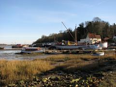 The River Orwell at Chelmondiston (JonCombe) Tags: coastwalk193 suffolk stourandorwellwalk coast coastwalk orwell