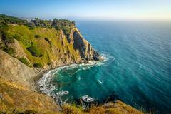 Evening sun (dannygreyton) Tags: usa california coast ocean sea horizon beach waves fujifilmxt2 fujifilm fujinon1024mm cliff highway1 coastline westcoast rocks grass nature bay