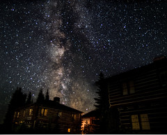 Star cabins (Greenneck) Tags: cabin rainier sunrise ashford washington unitedstates us astro astrophotography nightscape landscape nightphotography stars milkyway