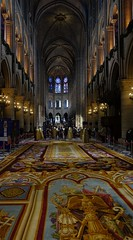 Tapis du Chœur (Carpet of the Choir / Chancel Carpet) (Sean Munson) Tags: france paris church cathédralenotredamedeparis notredamedeparis cathedral notredame ourladyofparis interior tapisduchœur chancelcarpet carpetofthechoir
