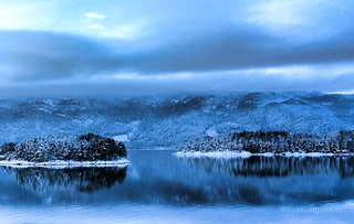 The birth of the ice on the fjord.