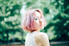 girl in green (eripope) Tags: girl green canon5dmark3 canon tokyo japan japanese pink vsco