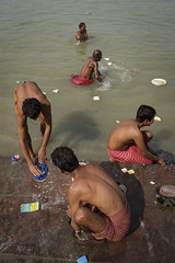 Morning Bath (SaumalyaGhosh.com) Tags: people morning kolkata color colors india river gnges ganga street streetphotography