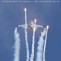 6496 Belgian Air Force F16 (photozone72) Tags: eastbourne airshows aircraft airshow aviation f16 belgianairforce belgian canon canon7dmk2 canon100400mm 7dmk2 jet